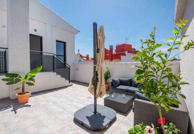 Apartamento en Málaga - Jinetes - Piso vacacional en Málaga