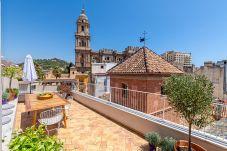 Apartamento en Málaga - Laurel - magnífico ático en frente de...